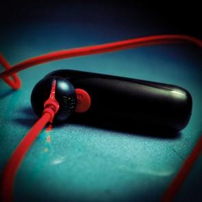 Los placeres de Lola potente vibrador mini bala recargable por usb by Fun Factory
